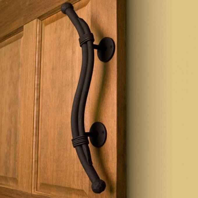 Heavy Duty Hand-Forged Iron Bound Pull