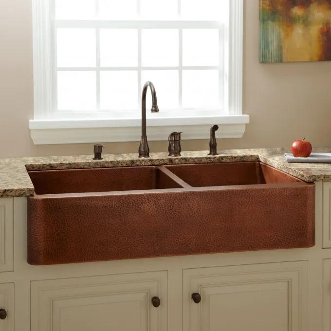"""42"""" Fiona 60/40 Offset Double-Bowl Hammered Copper Farmhouse Sink"""