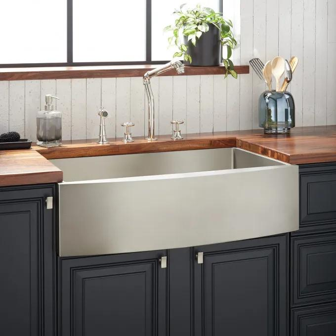 """33"""" Atlas Stainless Steel Farmhouse Sink - Curved Apron - Pewter"""