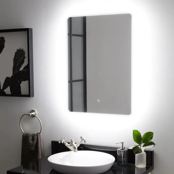 Winnberg Lighted Mirror with Tunable LED
