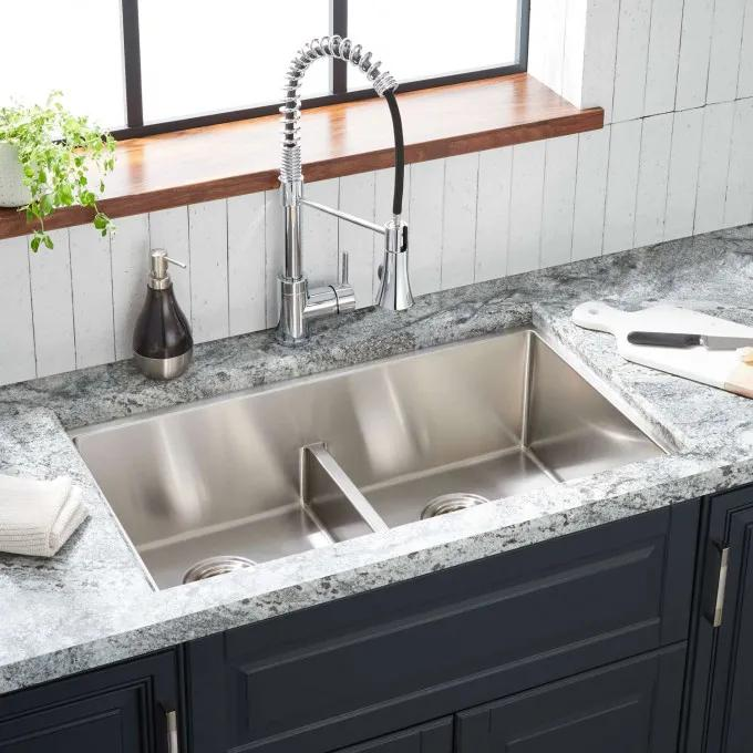 "32"" Ortega Low-Divide Double-Bowl Stainless Steel Undermount Sink"